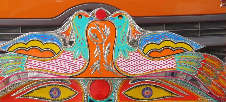 Decorated Trucks of Pakistan | artnow