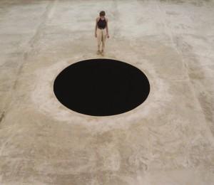 2016-Anish-Kapoor-Descent