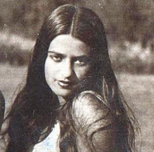 10) Miss Amrita